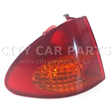TOYOTA AVENSIS MK1 T22 ESTATE 1997 TO 2003 PASSENGER LEFT SIDE REAR LIGHT LAMP